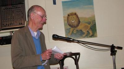 Oud-bokser, dichter uit Kralingen (Rotterdam): Joop van den Bos