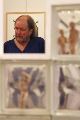 Willem (die twee op horentjes gelijkende extremiteiten behoren niet bij deze troubadour doch zijn onderdeel van het zich op de achtergrond bevindende kunstwerk en zijn naar wij aannemen bij toeval op deze wijze op deze foto terechtgekomen...)