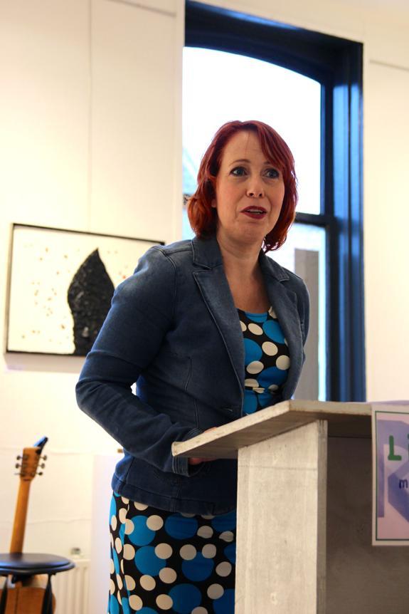 Sabine Kars las haar op Augusta Peaux toegespitste gedichten